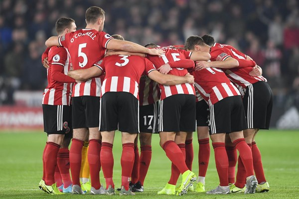 Premier League inglesa: ¡los jugadores de Sheffield respaldan a su club!