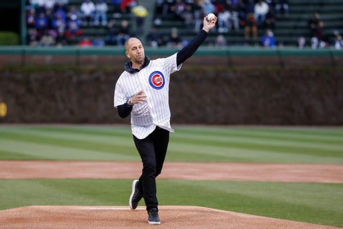 Gregg Berhalter lanza un primer lanzamiento en un juego de los Chicago Cubs