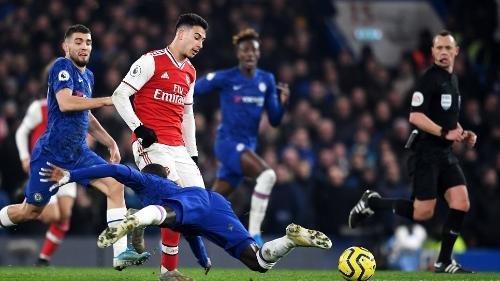 Chelsea tropieza frente al Arsenal el día del Kanti ...