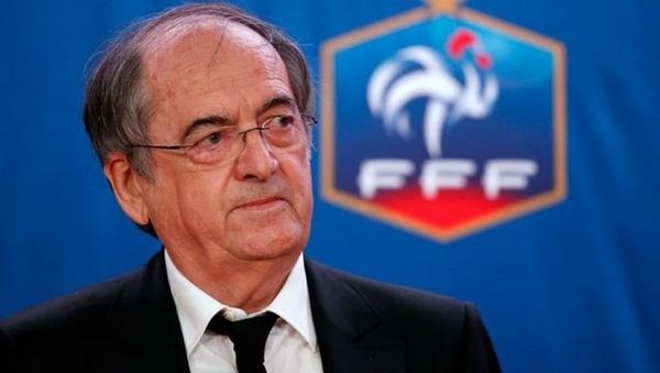 Después de Italia ... suspender las actividades de la Asociación Francesa de Fútbol