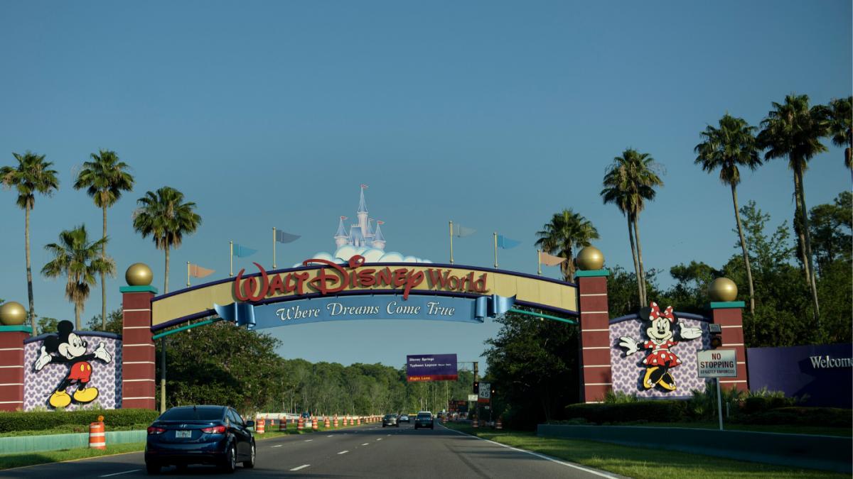 Informe: la NBA considera a Disney como sede