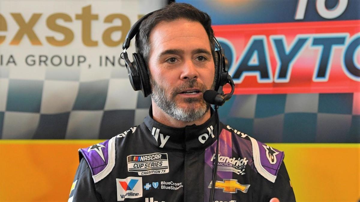 Johnson correrá virtualmente en IndyCar