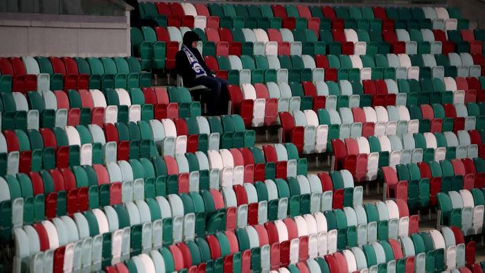 Liga de fútbol de Bielorrusia juega en