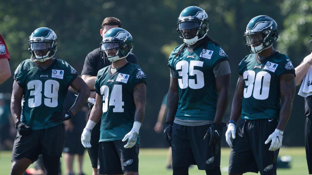 Más equipos de la NFL inician entrenamientos virtuales