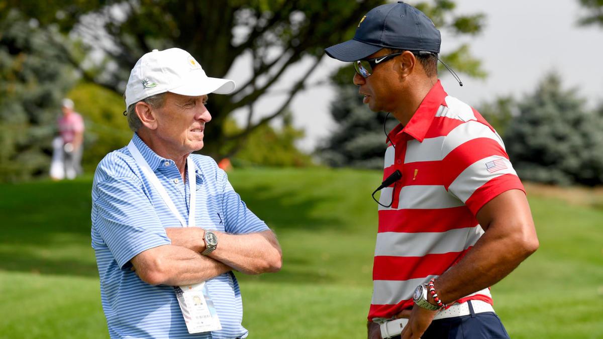 Tim Finchem entra en el salón de la fama del golf