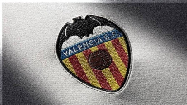Valencia anuncia la infección de 5 equipos de fútbol con el virus Corona