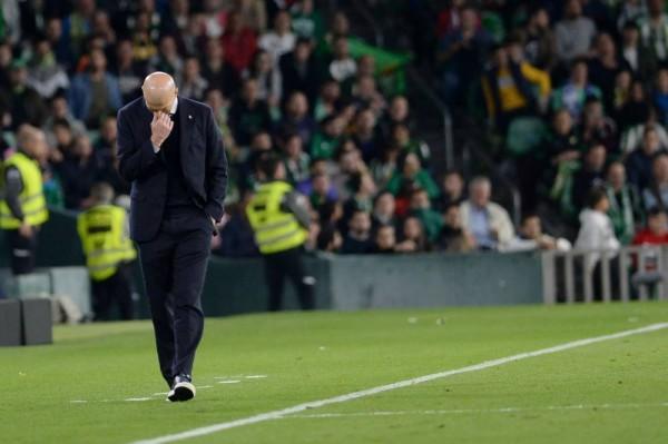 Zidane perdió su brillo ... un número negativo persiguiendo al Real ...